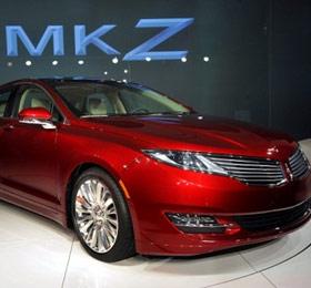 2013-Lincoln-MKZ