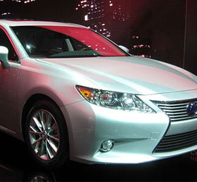 Lexus-ES300h