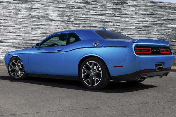 2015 Dodge Challenger ( Credit: © Dodge )