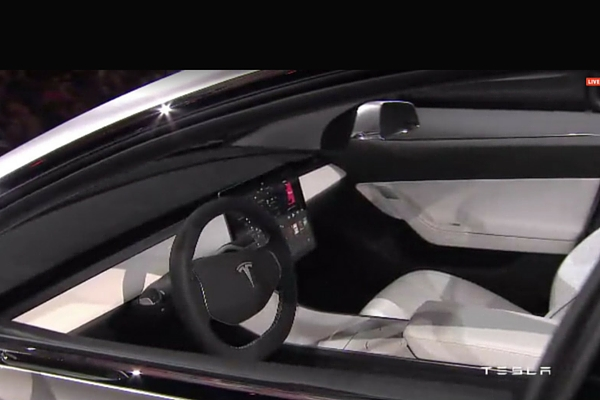 We finally have seen the tesla model 3 insider car news for Tesla model 3 interieur