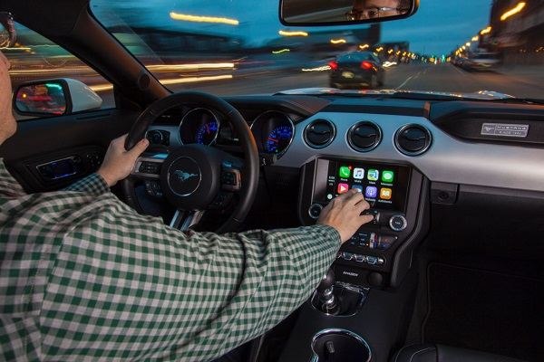 Sync 3 with Apple CarPlay and Android Auto